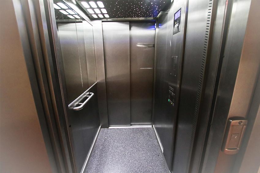 Ascenseur de la résidence étudiante de Beauvais lasalle