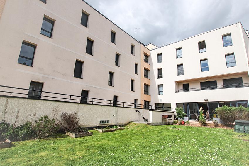 Le jardin du logement étudiant lasalle de Beauvais